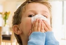 Вирусный насморк у ребенка